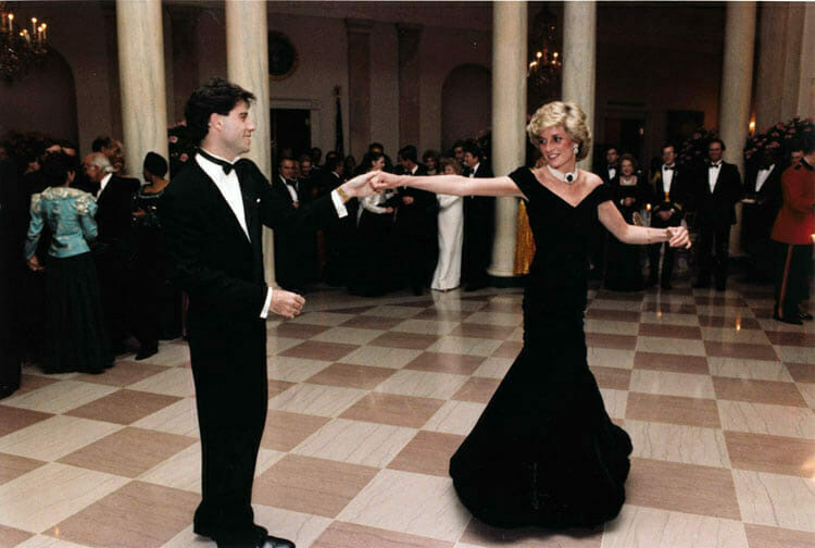 John Travolta och Diana på dansgolvet i november 1985. Foto: United States Federal Government/Wikimedia commons